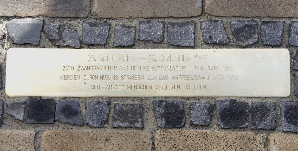 Stolpersteinschwelle KZ-Gedenkstätte Husum